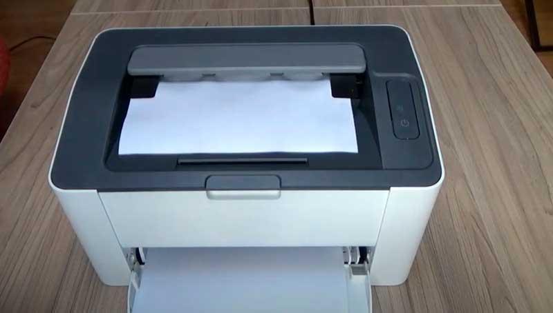 Принтер «HP Laser 107a/r/w» выглядит как «SAMSUNG Xpress M2020».